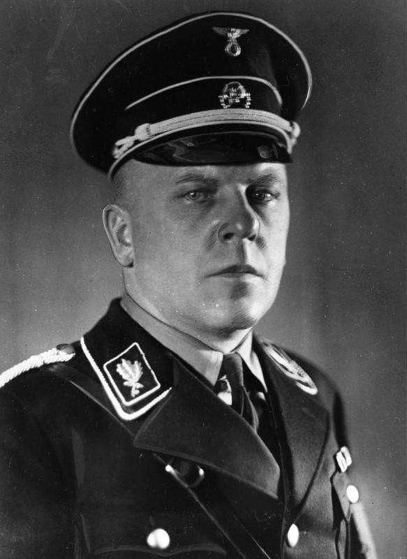 Max Amann (1891 – 1957)