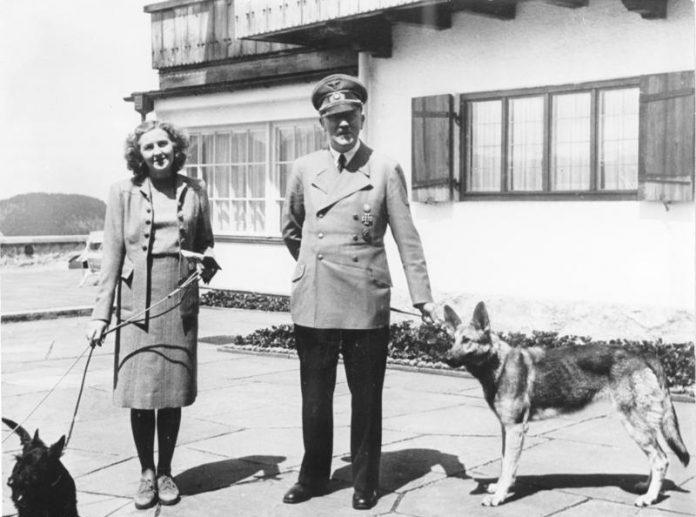 Obersalzberg- Adolf Hitler and Eva Braun with dogs (German_Shepherd_Dog