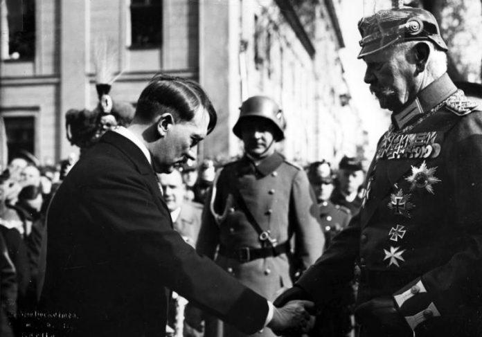Hindenburg en Hitler op de Dag van Potsdam in 1933
